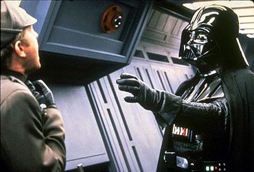 Vader wykonuje Force Grip